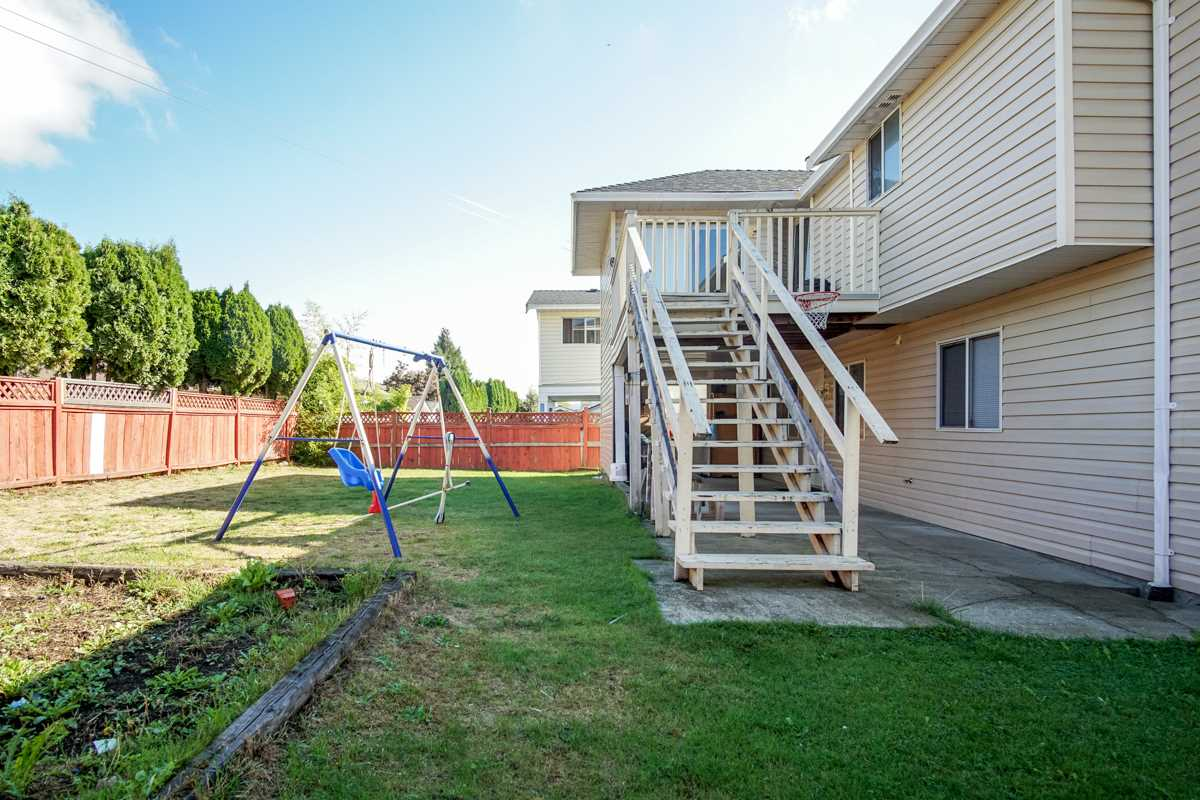 Detached at 32095 ROGERS AVENUE, Abbotsford, British Columbia. Image 12