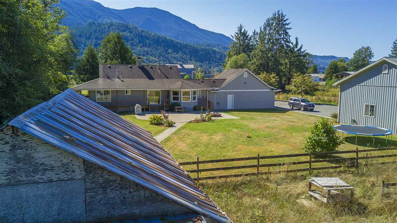 Detached at 51821 NEVIN ROAD, Rosedale, British Columbia. Image 7