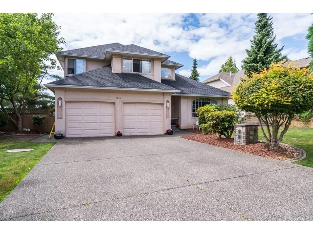 Detached at 8035 153A STREET, Surrey, British Columbia. Image 1