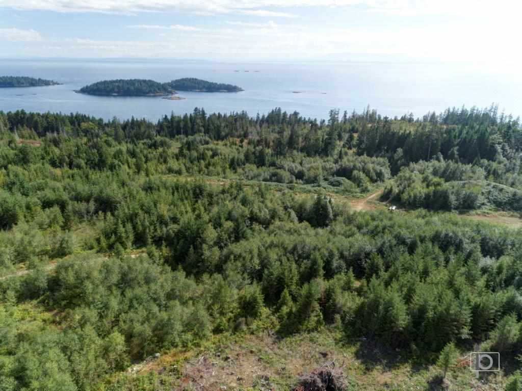 Vacant Land at Lot B ACORN ROAD, Sunshine Coast, British Columbia. Image 2