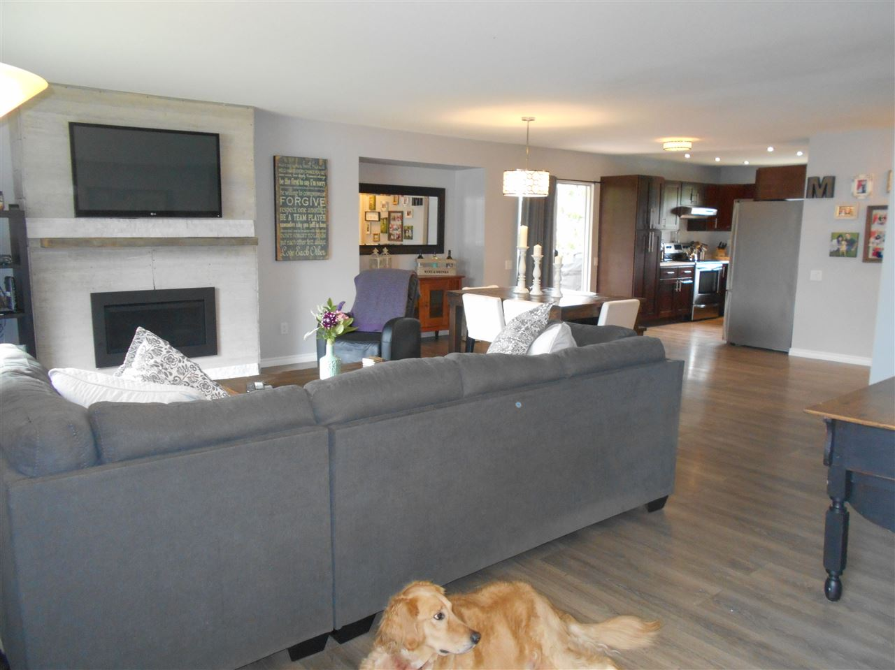 Detached at 8073 IVY COURT, Mission, British Columbia. Image 3