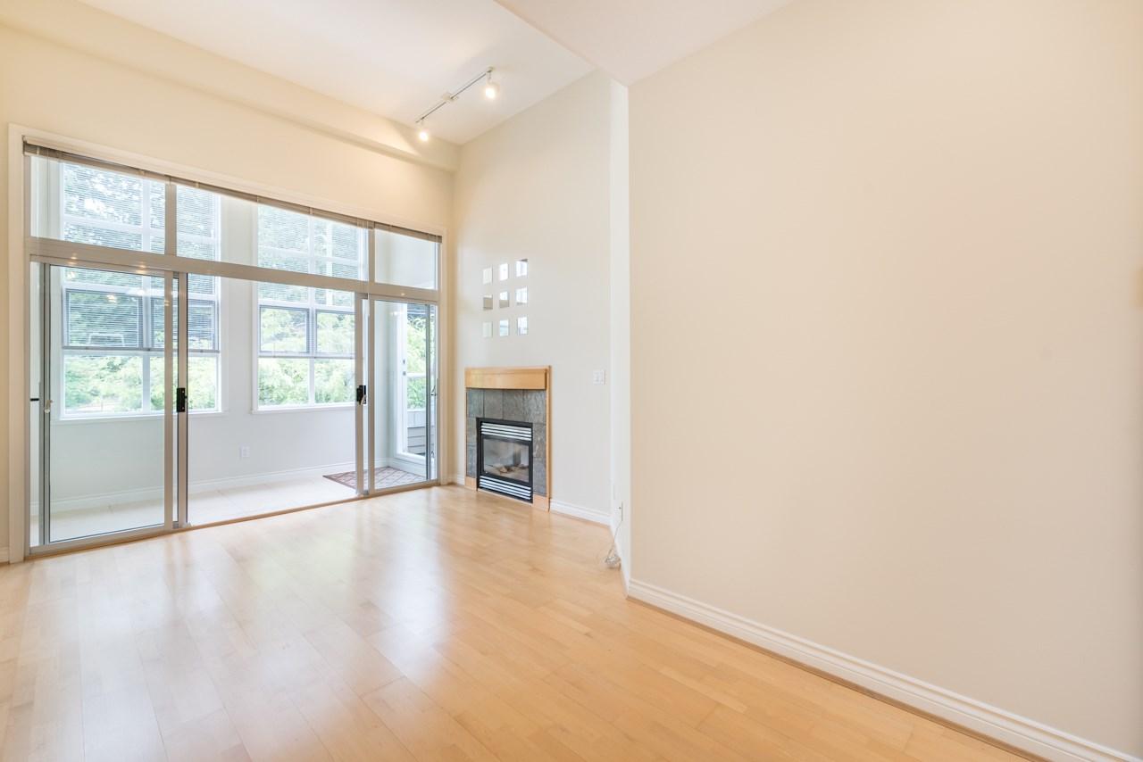 Condo Apartment at PH3 3028 W 41ST AVENUE, Unit PH3, Vancouver West, British Columbia. Image 7