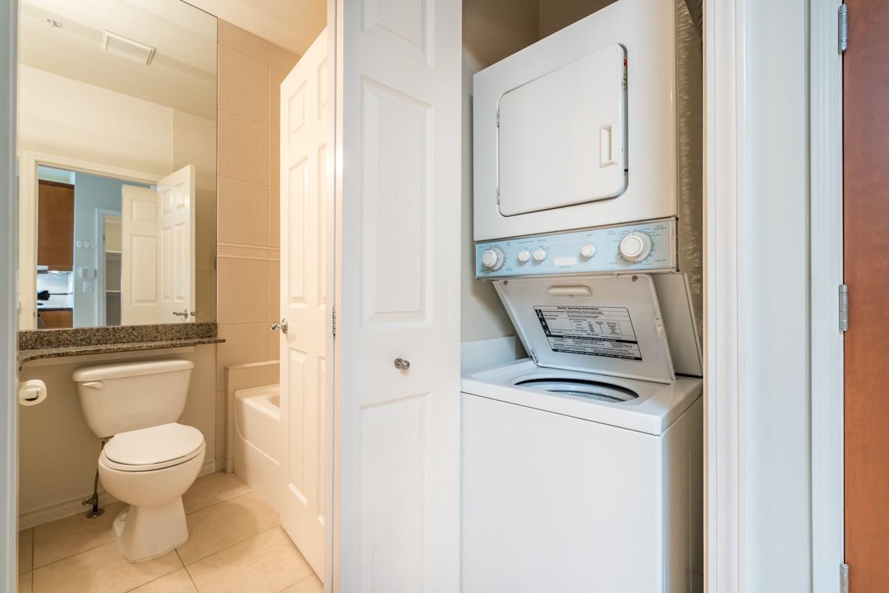 Condo Apartment at PH3 3028 W 41ST AVENUE, Unit PH3, Vancouver West, British Columbia. Image 11