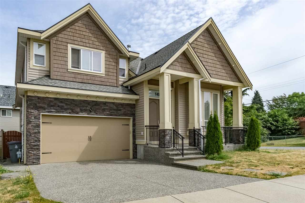 Detached at 14599 59B AVENUE, Surrey, British Columbia. Image 1