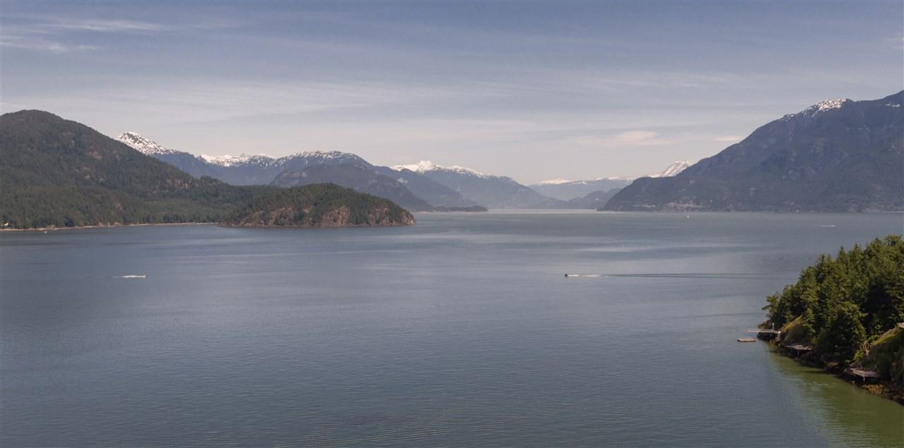 Detached at 292 SMUGGLERS COVE ROAD, Bowen Island, British Columbia. Image 9