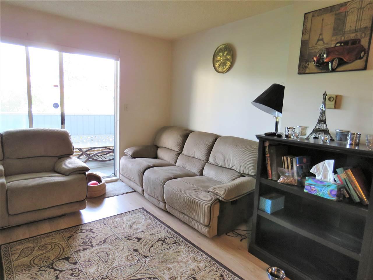 Condo Apartment at 215 2055 SUFFOLK AVENUE, Unit 215, Port Coquitlam, British Columbia. Image 5
