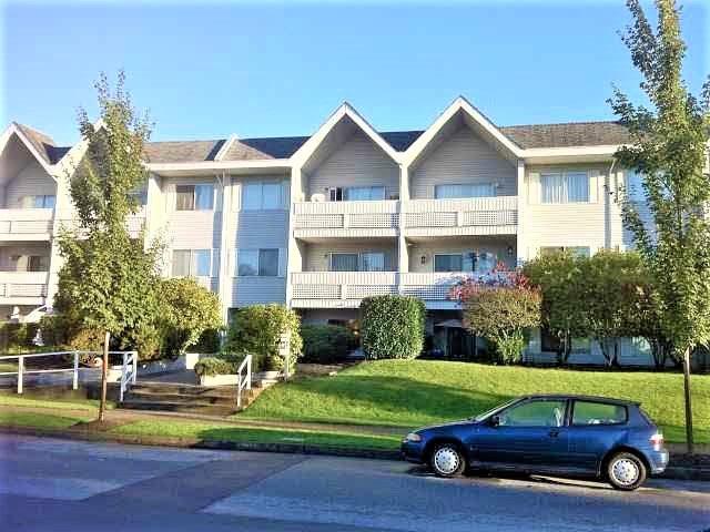 Condo Apartment at 215 2055 SUFFOLK AVENUE, Unit 215, Port Coquitlam, British Columbia. Image 17
