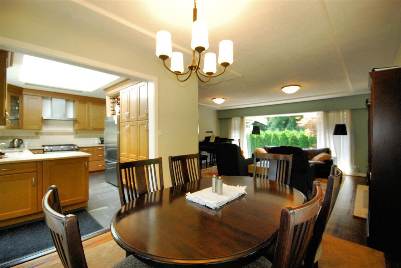 Detached at 3404 EDGEMONT BOULEVARD, North Vancouver, British Columbia. Image 10