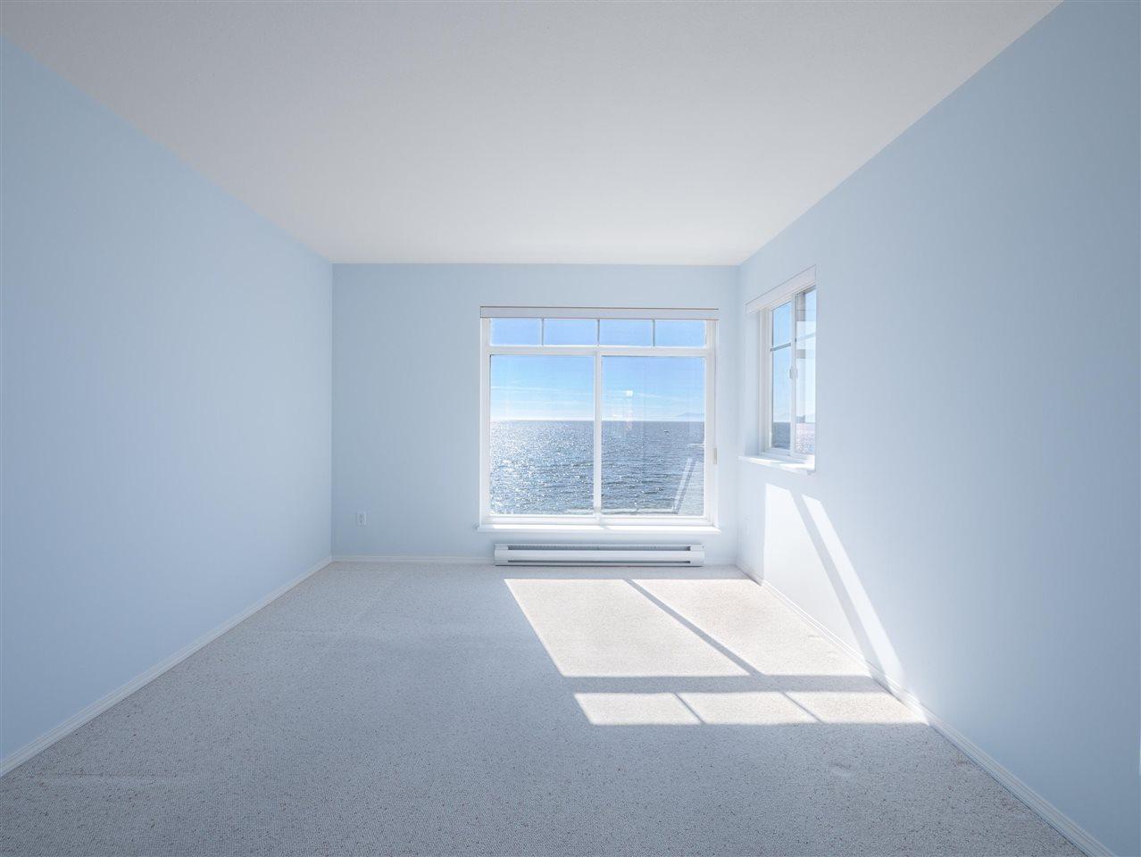 Condo Apartment at 208 5470 INLET AVENUE, Unit 208, Sunshine Coast, British Columbia. Image 9