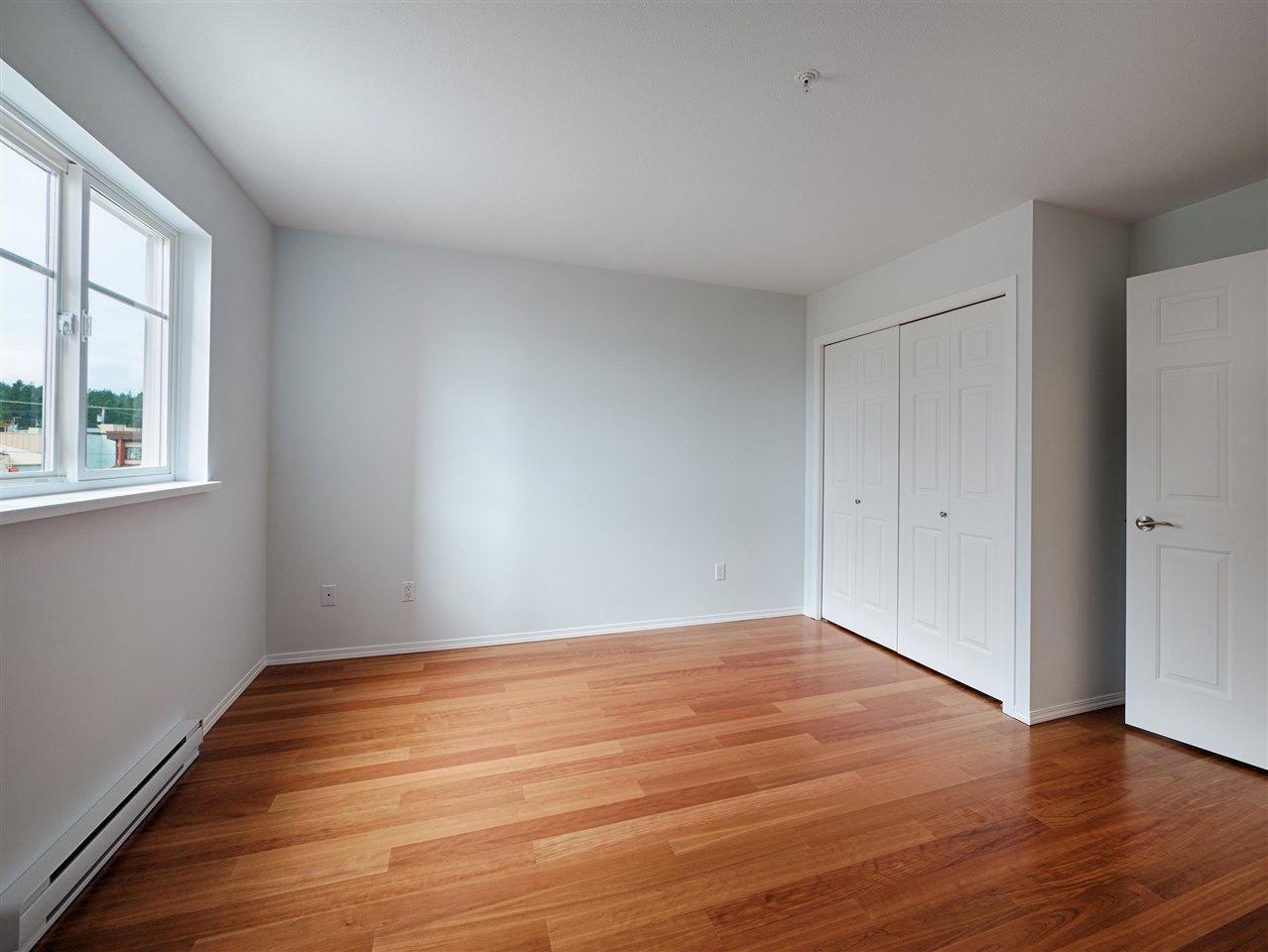 Condo Apartment at 208 5470 INLET AVENUE, Unit 208, Sunshine Coast, British Columbia. Image 12