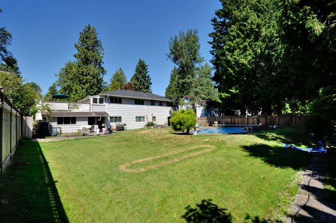 Detached at 4986 STEVENS LANE, Tsawwassen, British Columbia. Image 2