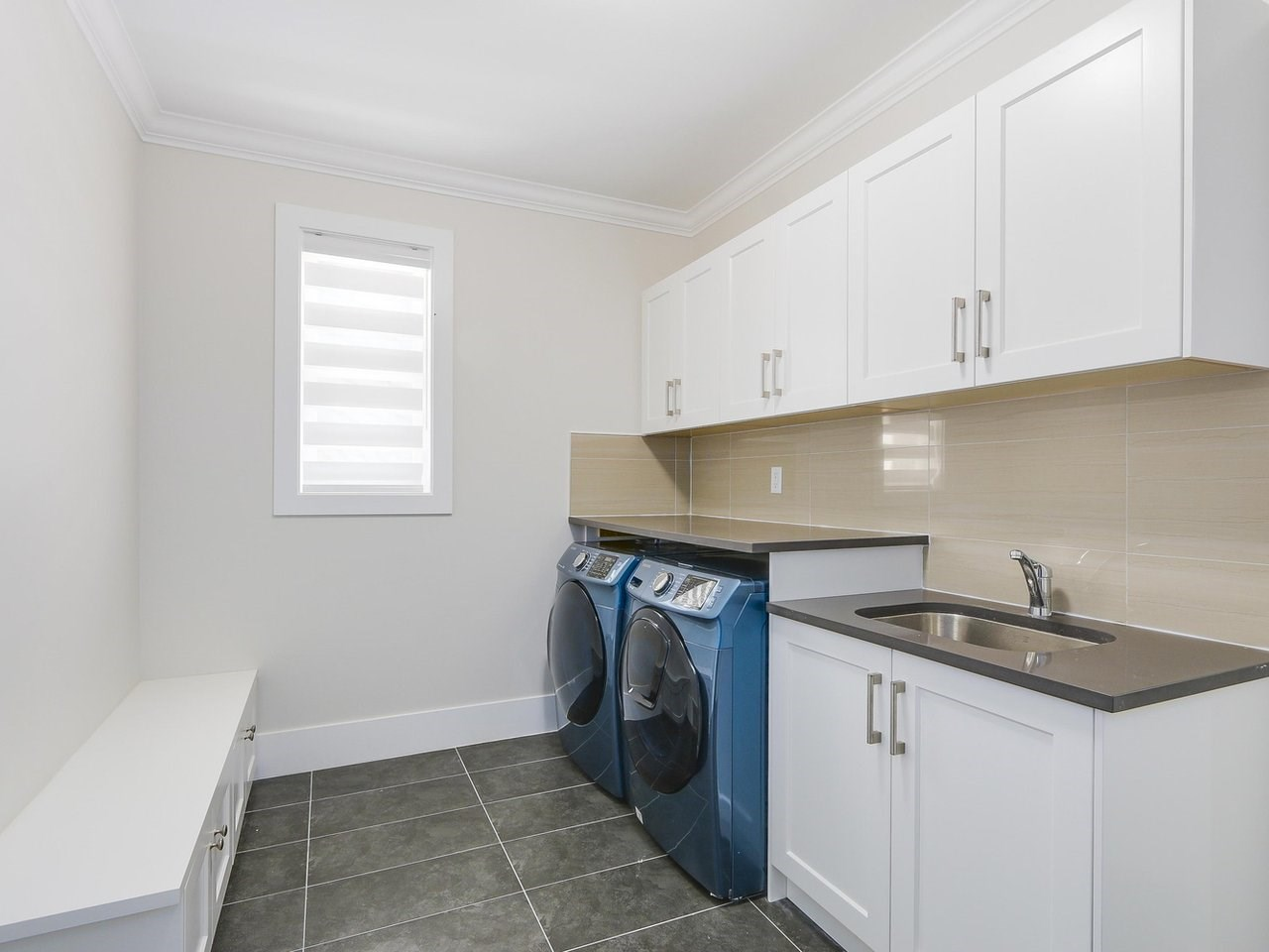 Detached at 332 ELEVENTH STREET, New Westminster, British Columbia. Image 14