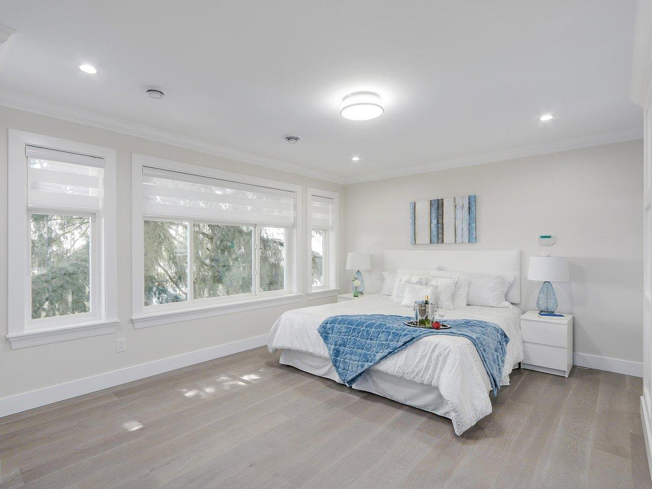 Detached at 332 ELEVENTH STREET, New Westminster, British Columbia. Image 15