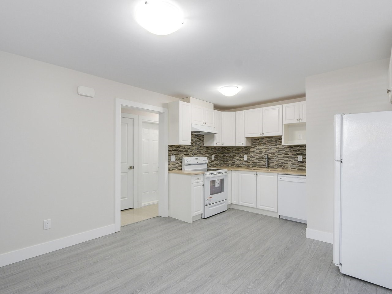 Detached at 332 ELEVENTH STREET, New Westminster, British Columbia. Image 19