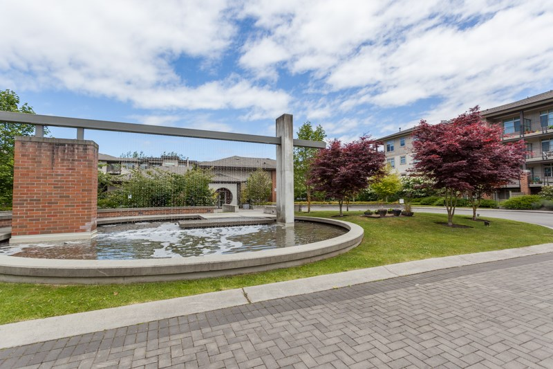 Condo Apartment at 123 9288 ODLIN ROAD, Unit 123, Richmond, British Columbia. Image 14