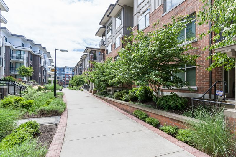 Condo Apartment at 123 9288 ODLIN ROAD, Unit 123, Richmond, British Columbia. Image 16