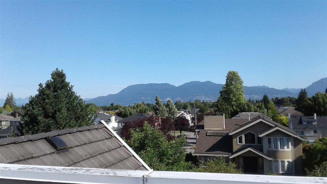 Detached at 2188 W 20TH AVENUE, Vancouver West, British Columbia. Image 2