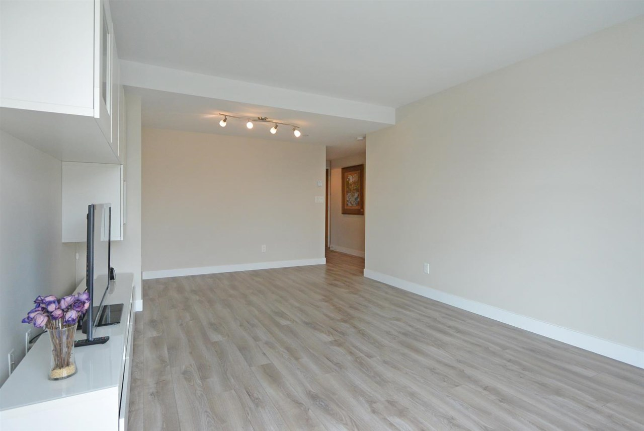 Condo Apartment at 2402 1323 HOMER STREET, Unit 2402, Vancouver West, British Columbia. Image 5