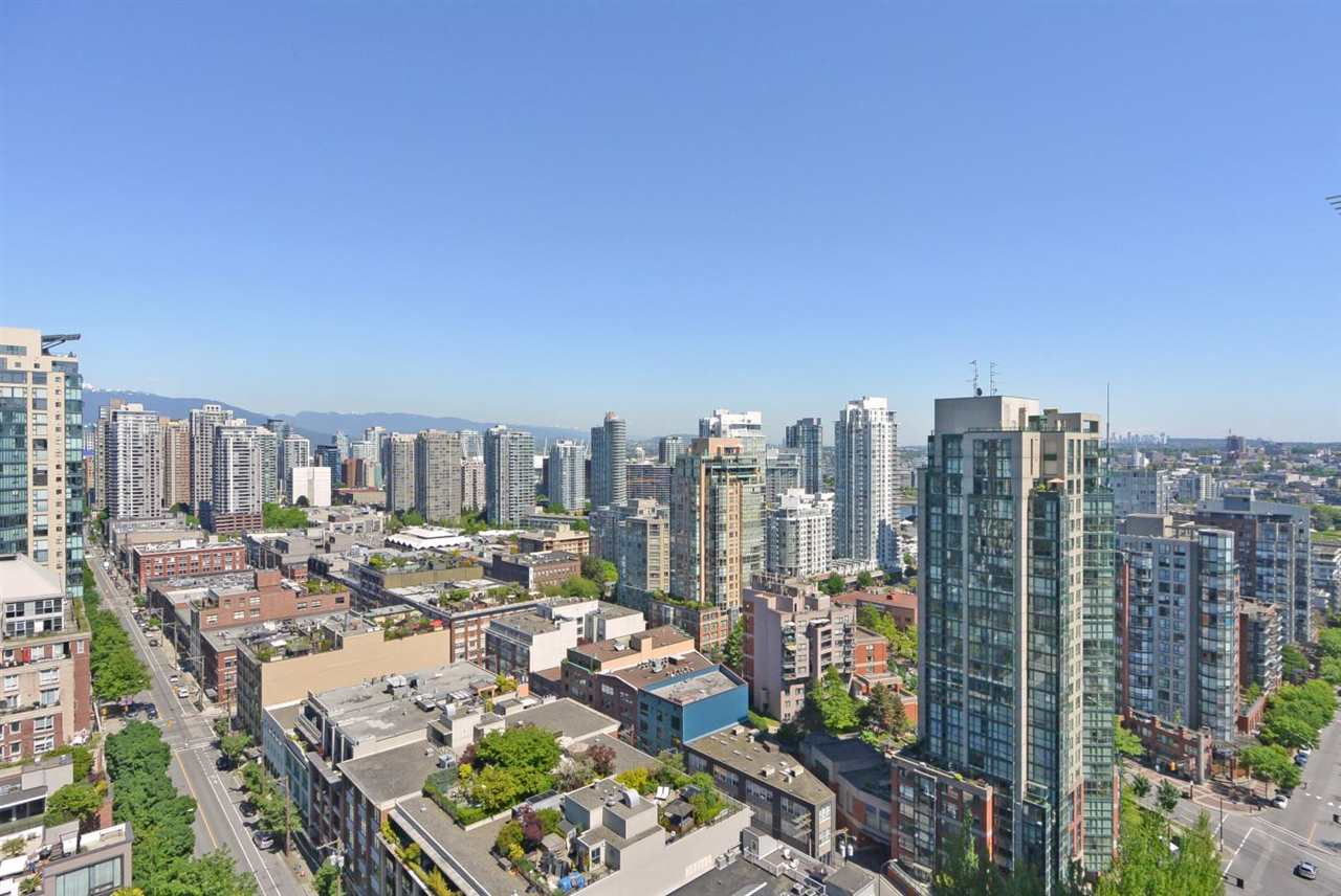 Condo Apartment at 2402 1323 HOMER STREET, Unit 2402, Vancouver West, British Columbia. Image 15