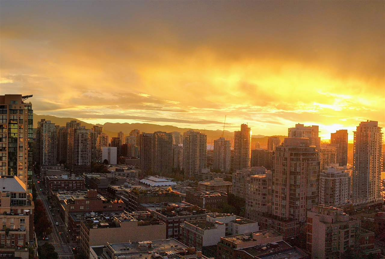 Condo Apartment at 2402 1323 HOMER STREET, Unit 2402, Vancouver West, British Columbia. Image 16