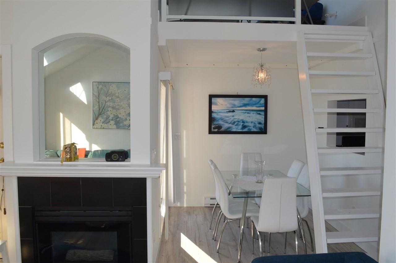 Condo Apartment at 411 6 RENAISSANCE SQUARE, Unit 411, New Westminster, British Columbia. Image 1