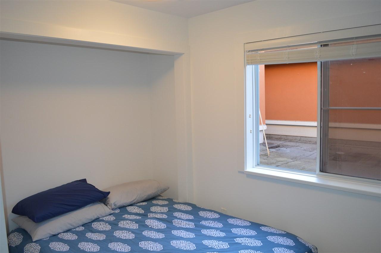 Condo Apartment at 411 6 RENAISSANCE SQUARE, Unit 411, New Westminster, British Columbia. Image 15