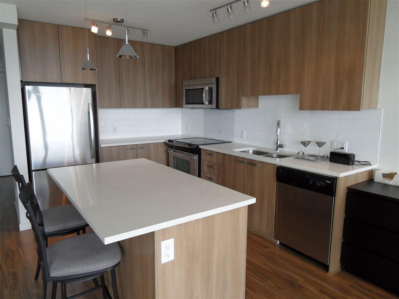 Condo Apartment at 3803 13325 102A AVENUE, Unit 3803, North Surrey, British Columbia. Image 5