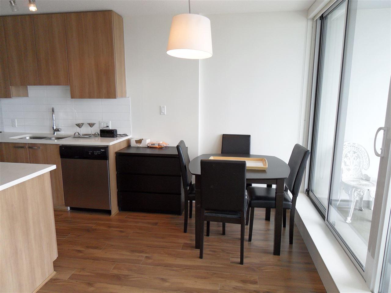 Condo Apartment at 3803 13325 102A AVENUE, Unit 3803, North Surrey, British Columbia. Image 6