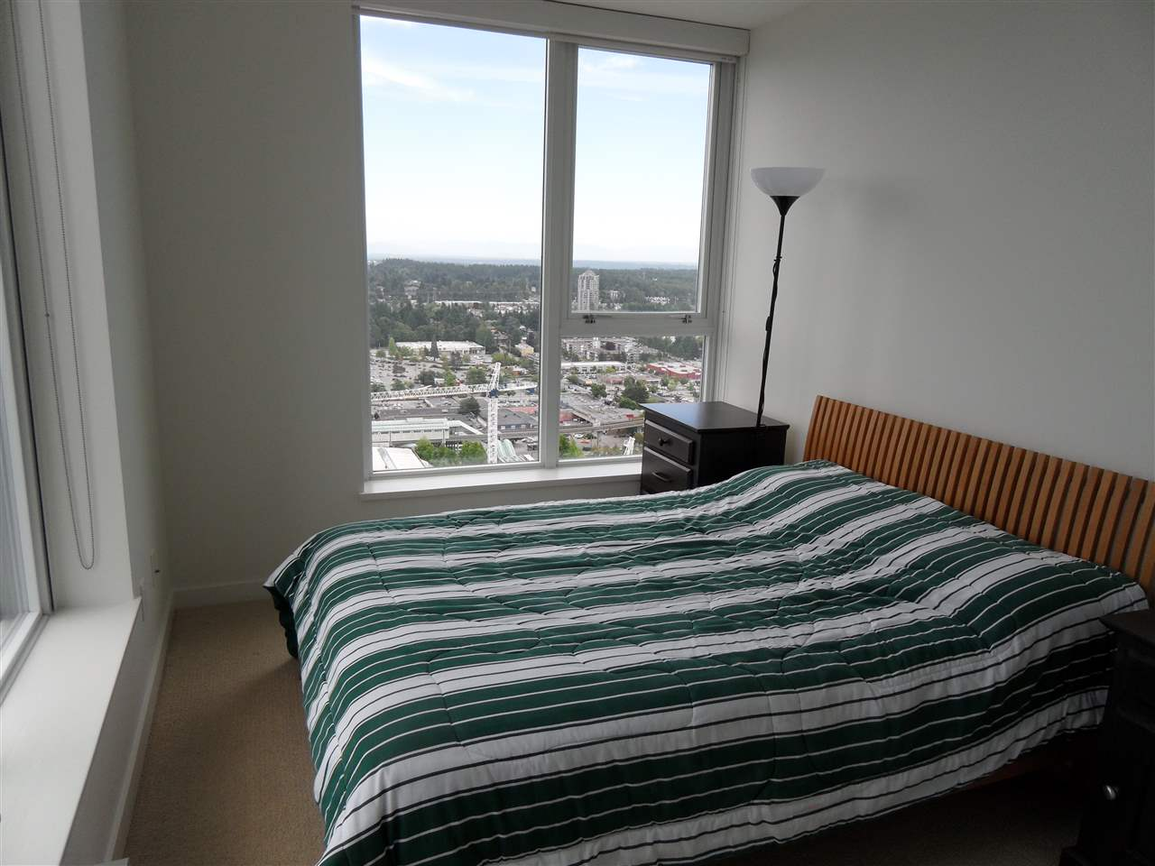 Condo Apartment at 3803 13325 102A AVENUE, Unit 3803, North Surrey, British Columbia. Image 9