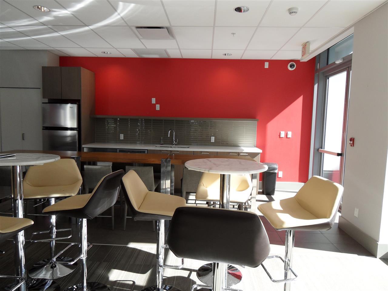 Condo Apartment at 3803 13325 102A AVENUE, Unit 3803, North Surrey, British Columbia. Image 15