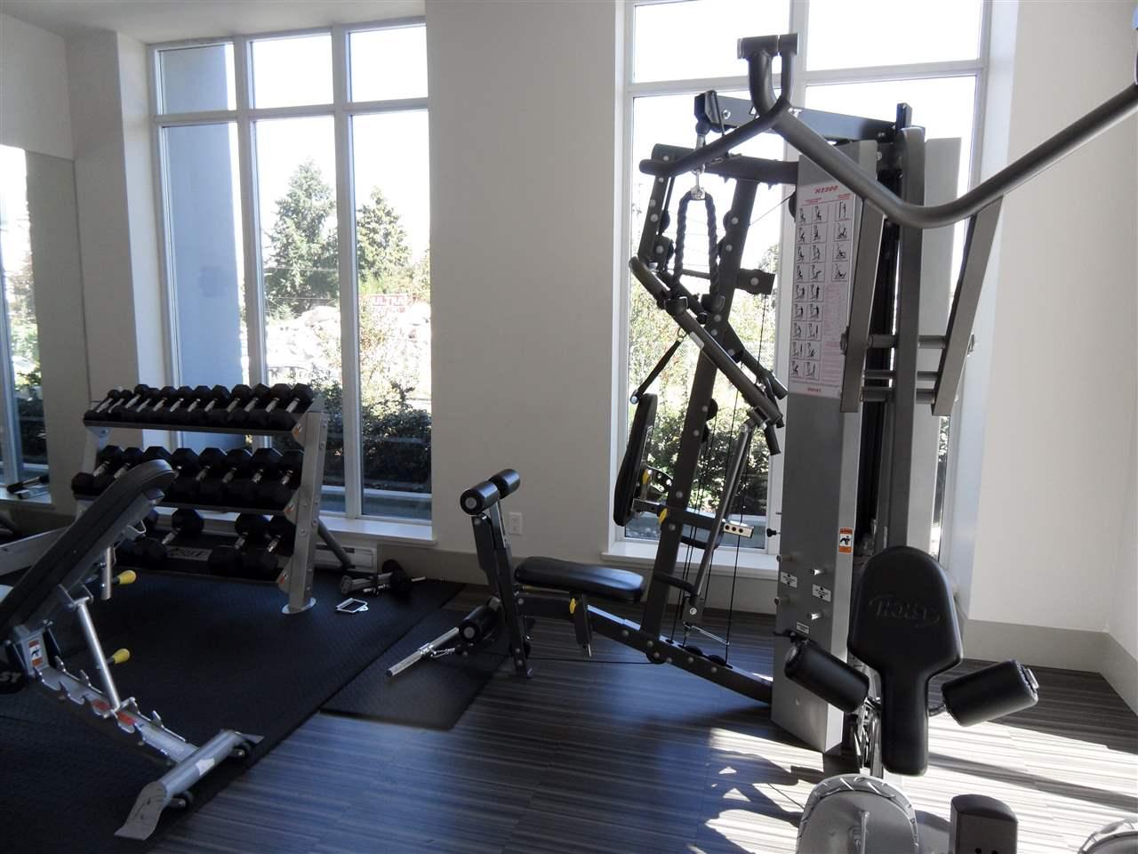 Condo Apartment at 3803 13325 102A AVENUE, Unit 3803, North Surrey, British Columbia. Image 18
