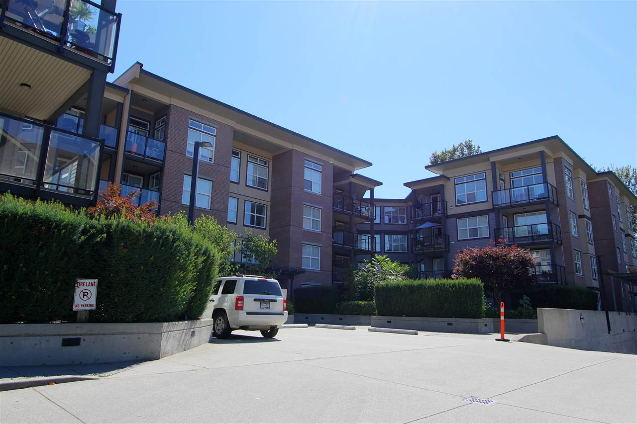 Condo Apartment at 417 10707 139 STREET, Unit 417, North Surrey, British Columbia. Image 1