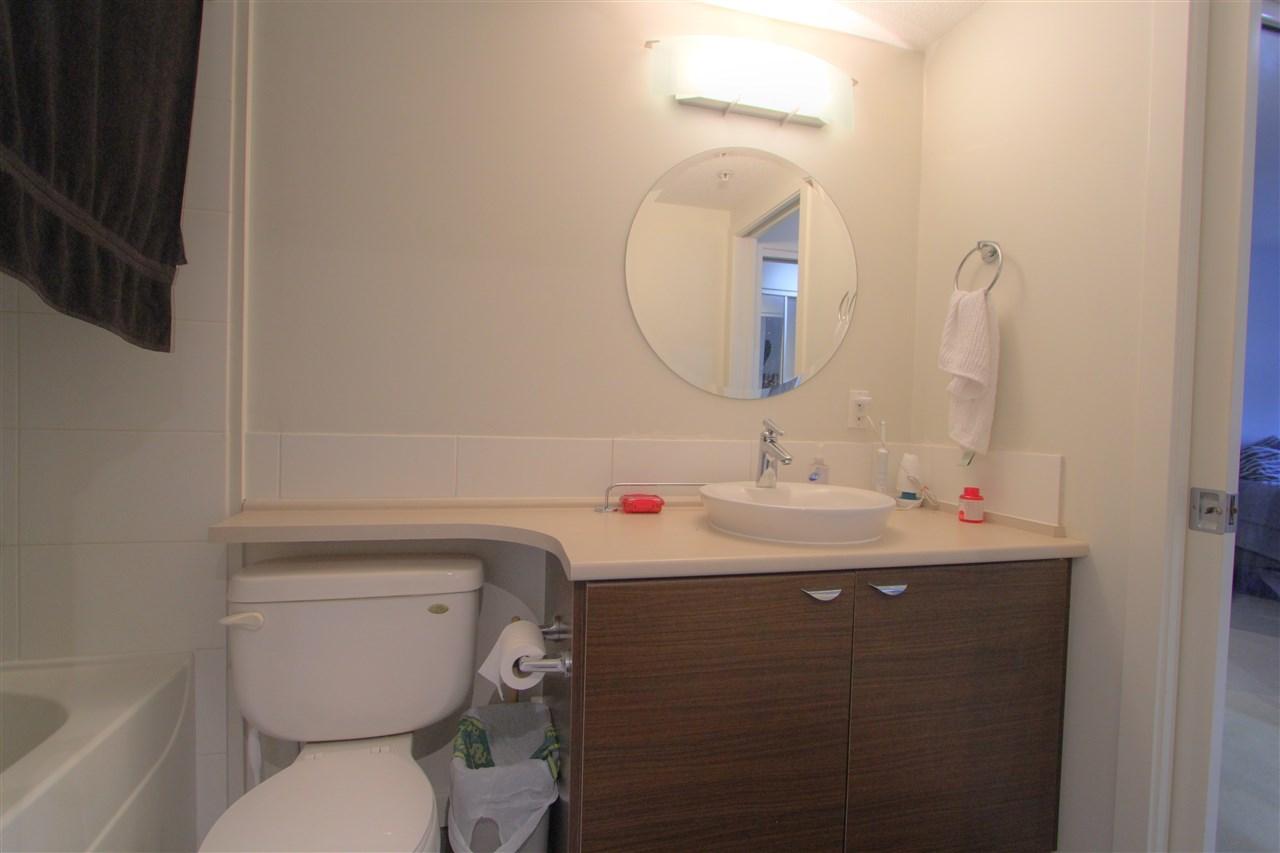 Condo Apartment at 417 10707 139 STREET, Unit 417, North Surrey, British Columbia. Image 6