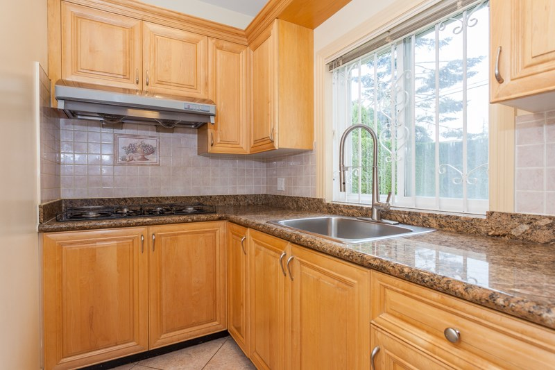 Detached at 7551 LUDGATE ROAD, Richmond, British Columbia. Image 7