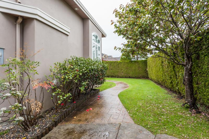 Detached at 7551 LUDGATE ROAD, Richmond, British Columbia. Image 17