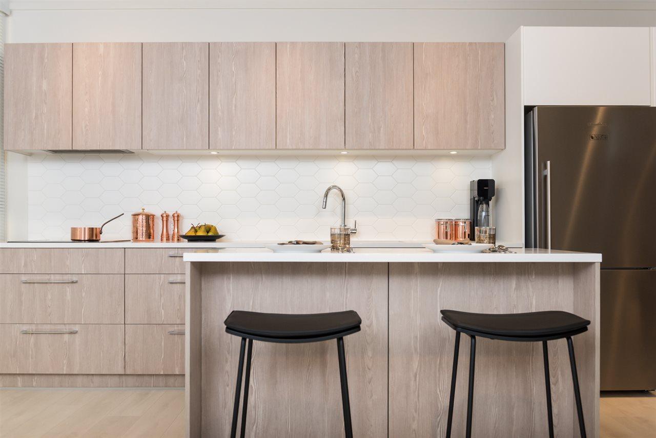 Condo Apartment at 608 509 CLARKE ROAD, Unit 608, Coquitlam, British Columbia. Image 4