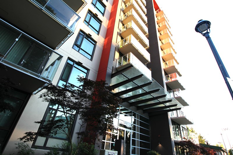 Condo Apartment at 806 7328 GOLLNER AVENUE, Unit 806, Richmond, British Columbia. Image 1