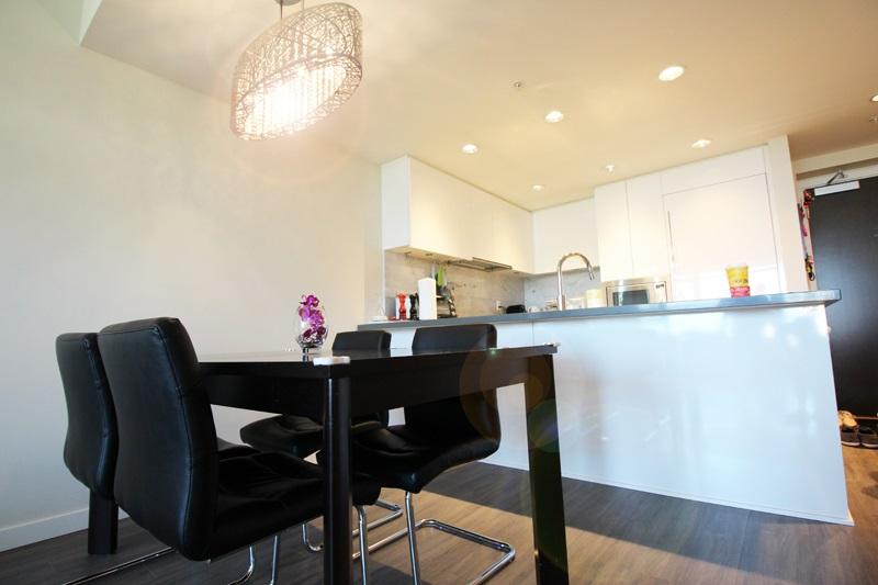 Condo Apartment at 806 7328 GOLLNER AVENUE, Unit 806, Richmond, British Columbia. Image 7