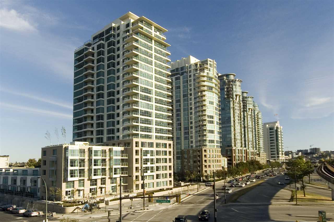 Condo Apartment at 1106 125 MILROSS AVENUE, Unit 1106, Vancouver East, British Columbia. Image 2