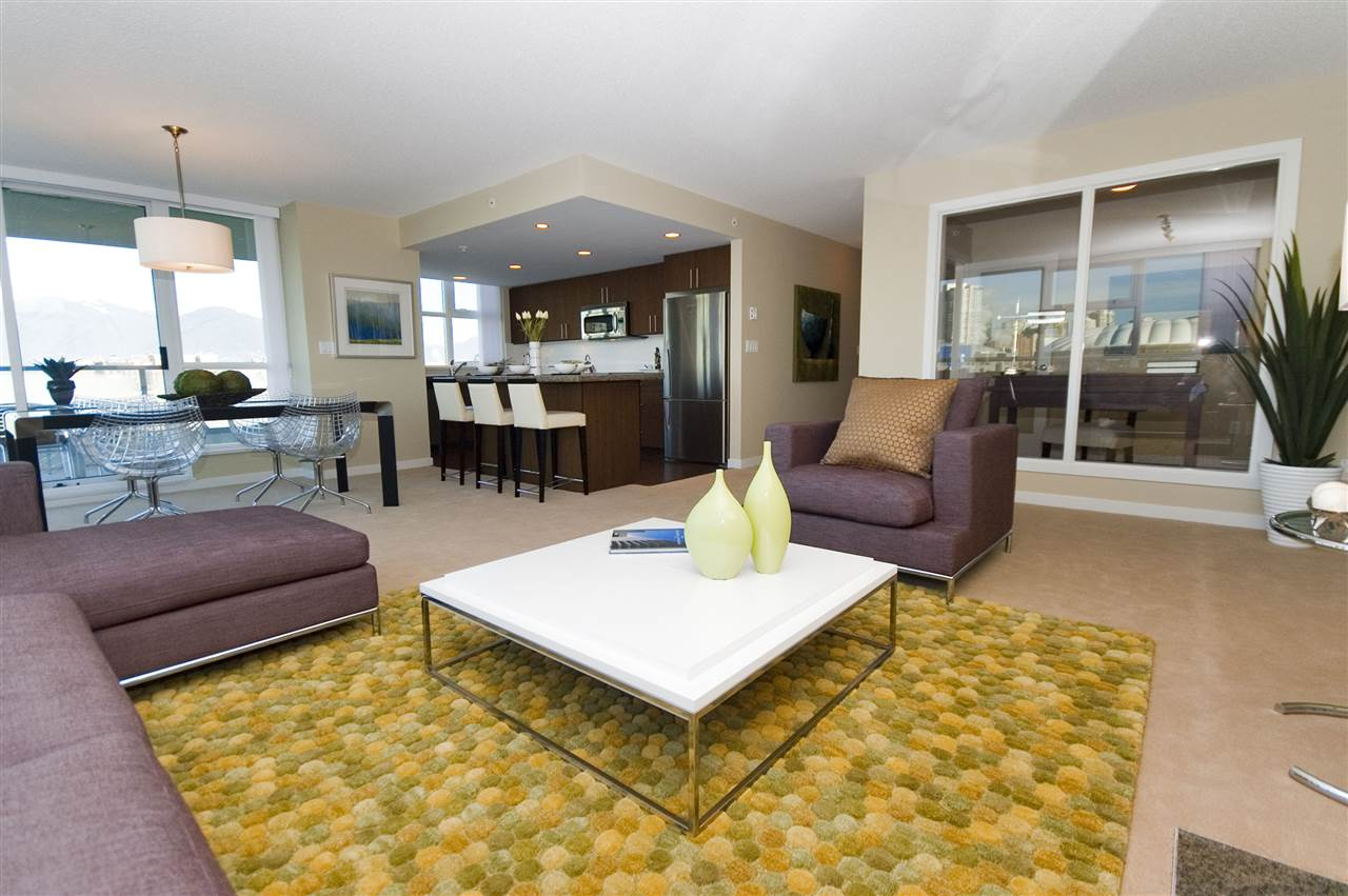 Condo Apartment at 1106 125 MILROSS AVENUE, Unit 1106, Vancouver East, British Columbia. Image 6