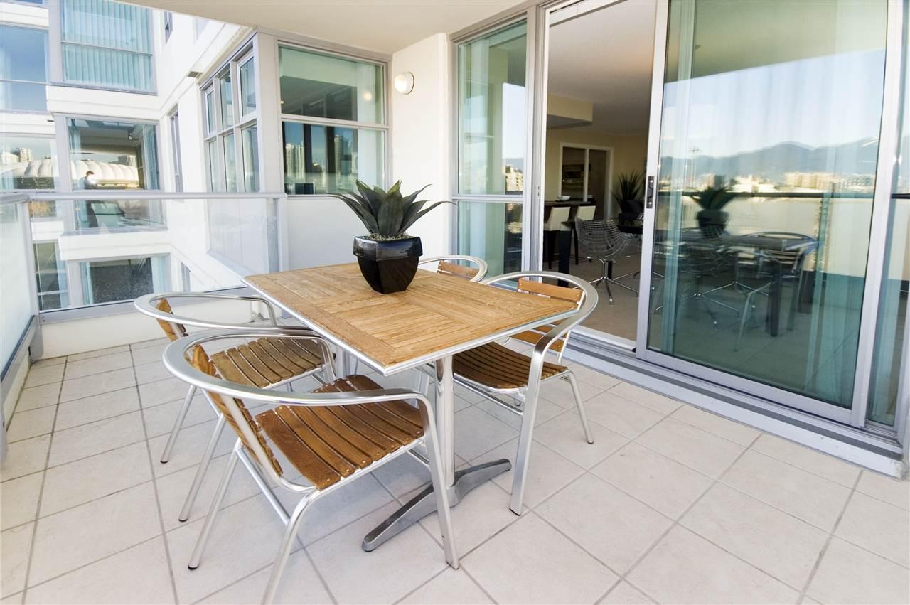 Condo Apartment at 1106 125 MILROSS AVENUE, Unit 1106, Vancouver East, British Columbia. Image 9