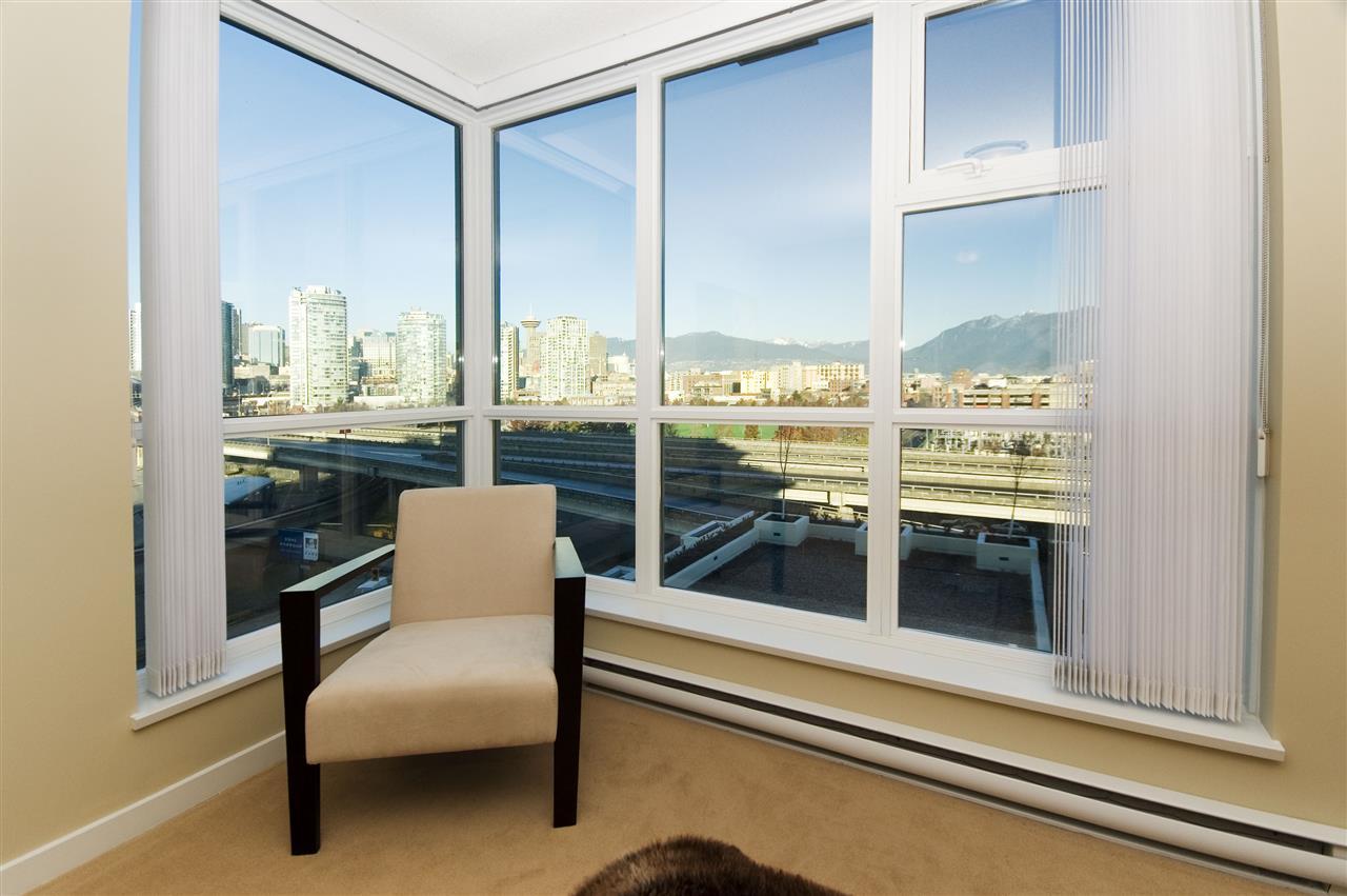 Condo Apartment at 1106 125 MILROSS AVENUE, Unit 1106, Vancouver East, British Columbia. Image 14
