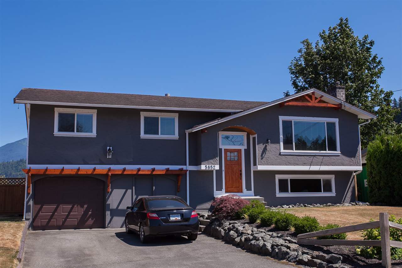 Detached at 5852 CLOVER DRIVE, Sardis, British Columbia. Image 2