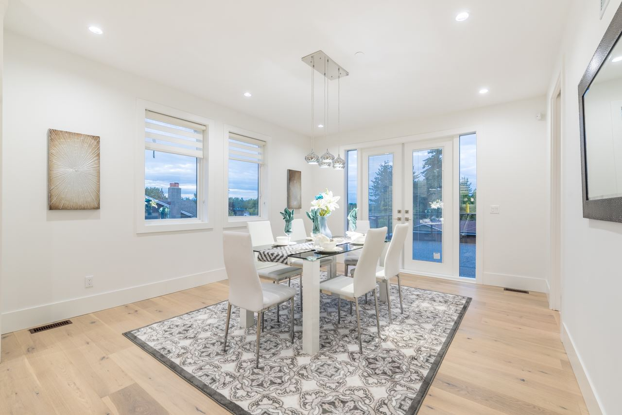 Detached at 15832 PROSPECT CRESCENT, South Surrey White Rock, British Columbia. Image 11