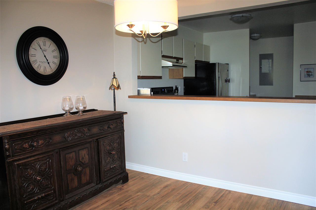 Condo Apartment at 104 15313 19TH AVENUE, Unit 104, South Surrey White Rock, British Columbia. Image 3