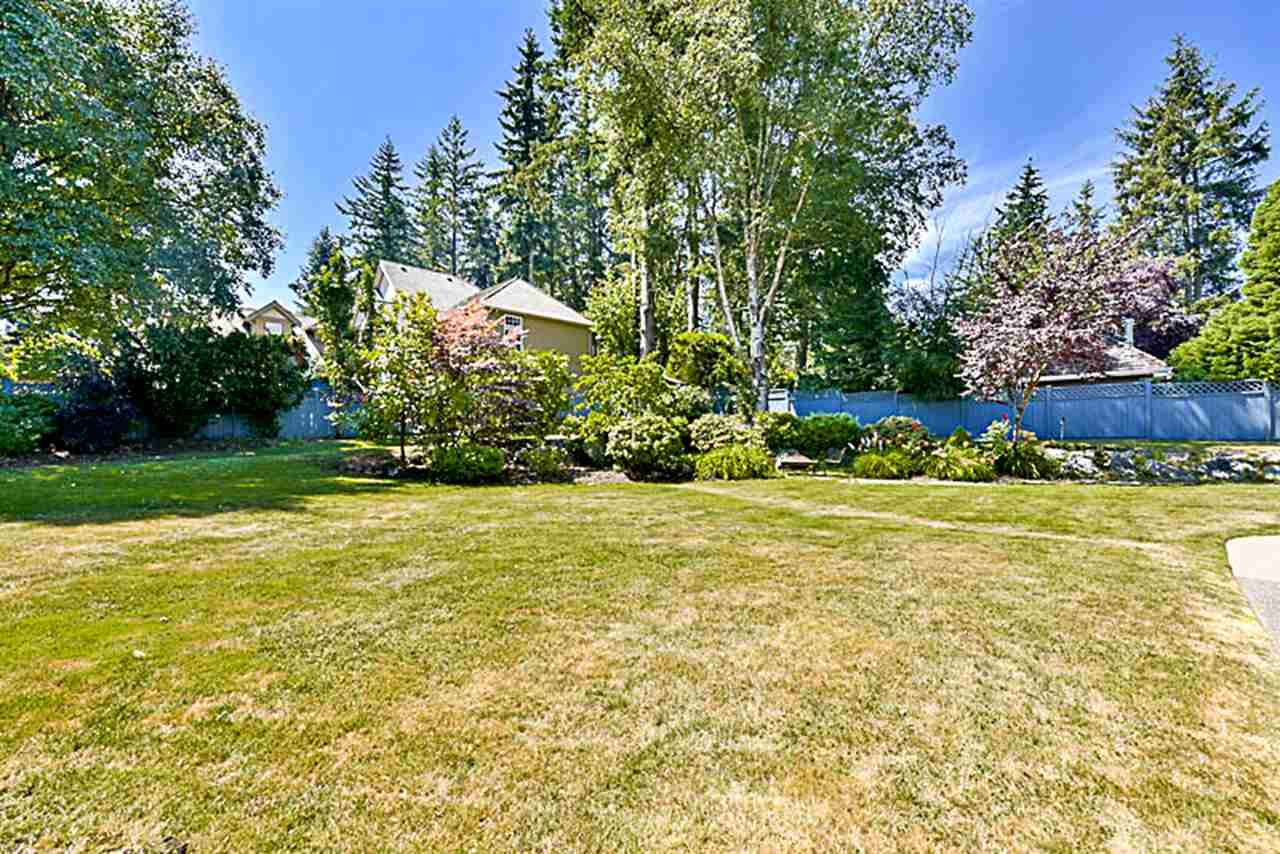 Detached at 15598 37 AVENUE, South Surrey White Rock, British Columbia. Image 20