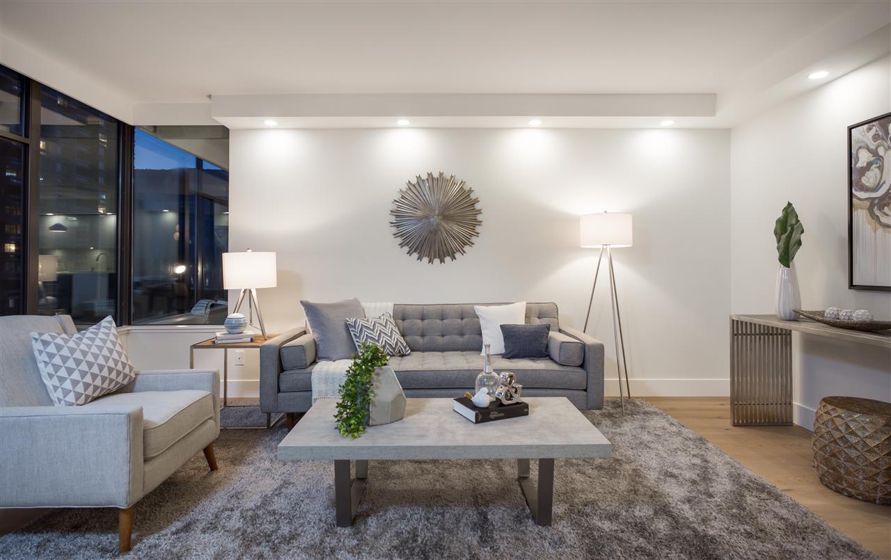 Condo Apartment at 802 1480 DUCHESS AVENUE, Unit 802, West Vancouver, British Columbia. Image 5