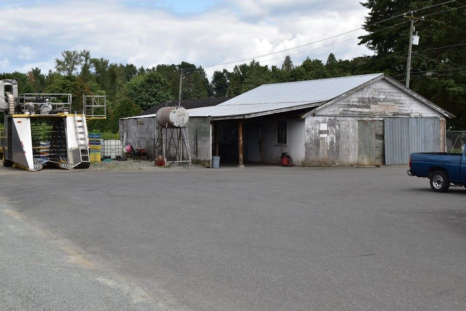 Detached at 29585 DOWNES ROAD, Abbotsford, British Columbia. Image 4
