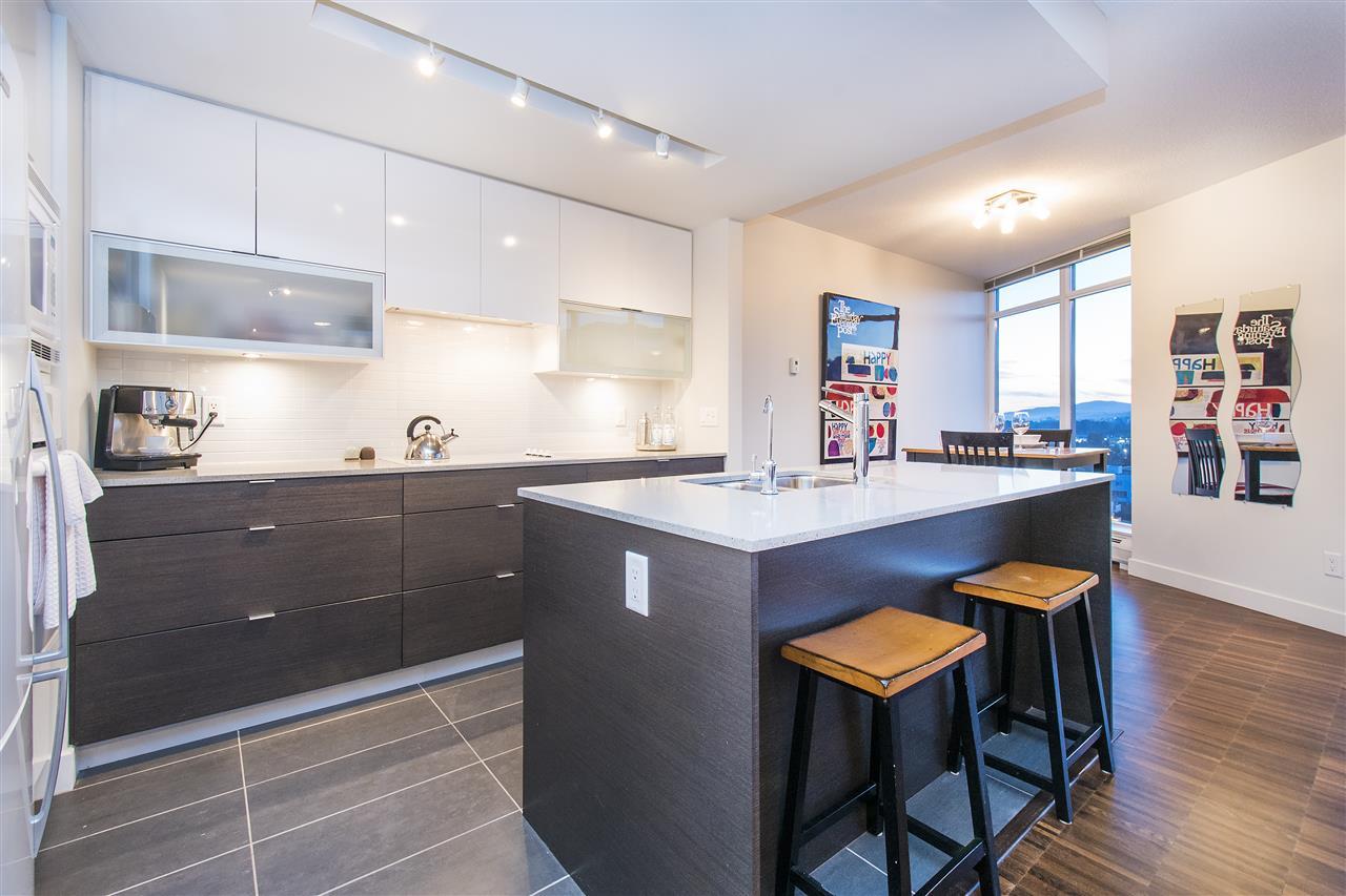 Condo Apartment at 802 175 W 2ND STREET, Unit 802, North Vancouver, British Columbia. Image 2