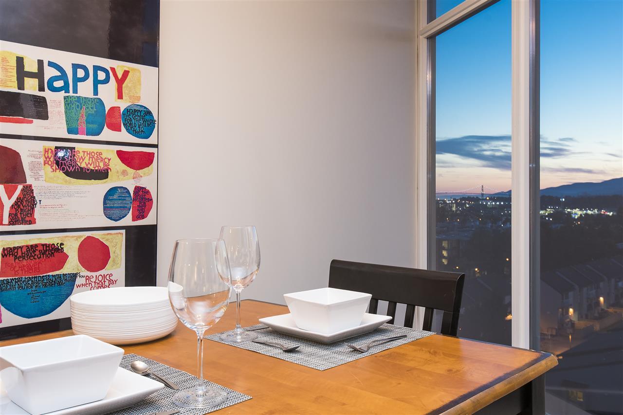 Condo Apartment at 802 175 W 2ND STREET, Unit 802, North Vancouver, British Columbia. Image 4